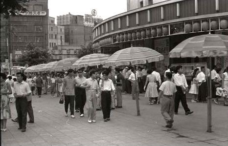 1956年(昭和31年)の東京有楽町の町並み(拡大画像)|江戸ガイド