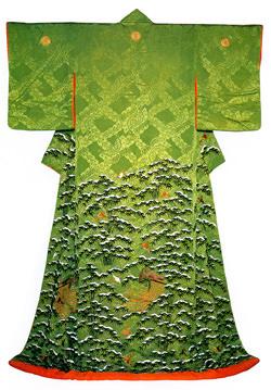 篤姫の着物。13代将軍・家定の正室として薩摩藩から輿入れした