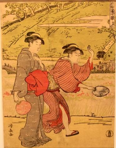 不忍池のほとりで団扇を持った女性が蛍を追っている夏らしい浮世絵。(『江都夏十景』「不忍か池」鳥居清長 画)
