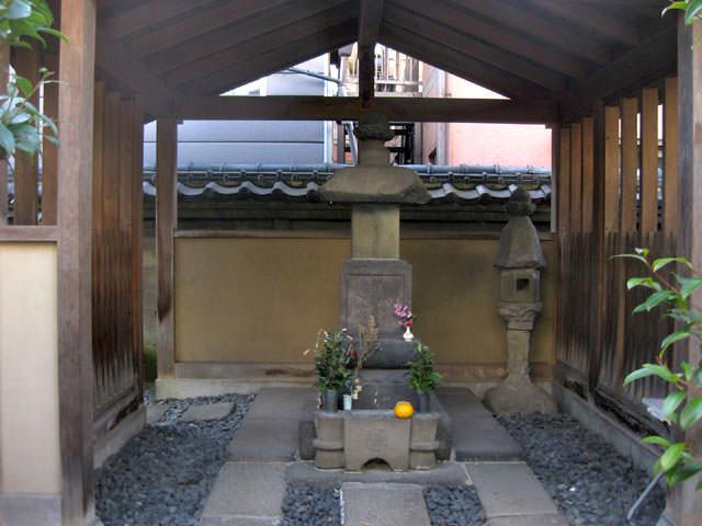 平賀源内の墓(東京都台東区橋場)