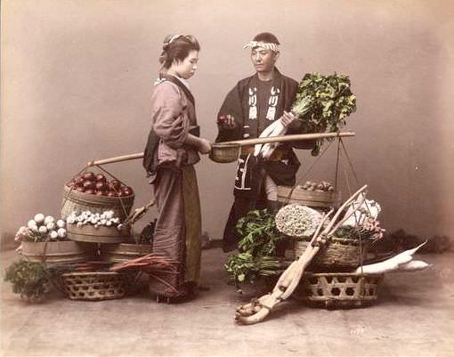 野菜売りの写真(明治期に撮影)