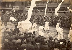 最後の将軍・徳川慶喜の葬列写真