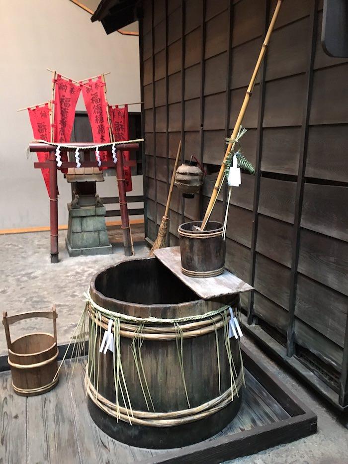 江戸時代の長屋の井戸(深川江戸資料館 再現)の拡大画像