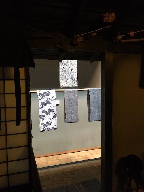 江戸時代の若夫婦の家族が暮らす裏長屋(深川江戸資料館 再現)