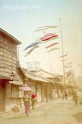 鯉のぼりの古写真(明治から大正時代に撮影)