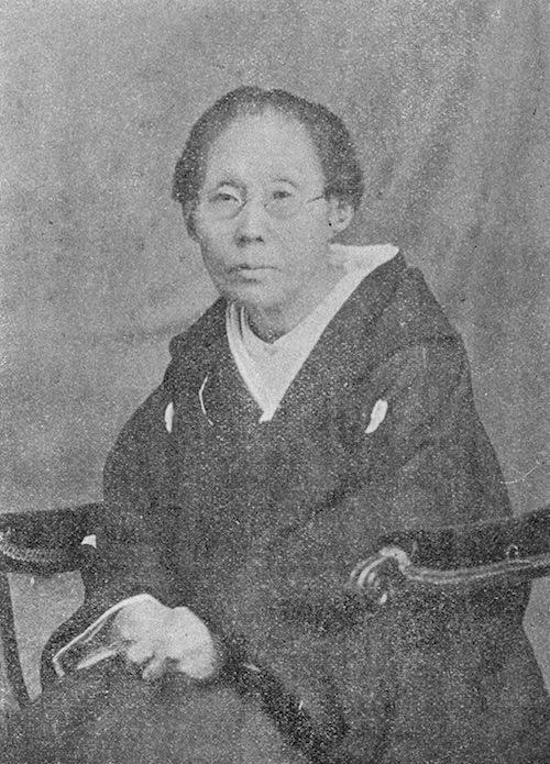 山田久米子さんの写真。「助産婦」という職業の確立に邁進した(明治時代 撮影)