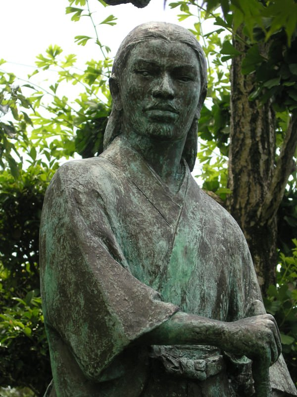 由比正雪の銅像(菩提樹院/静岡県静岡市葵区)